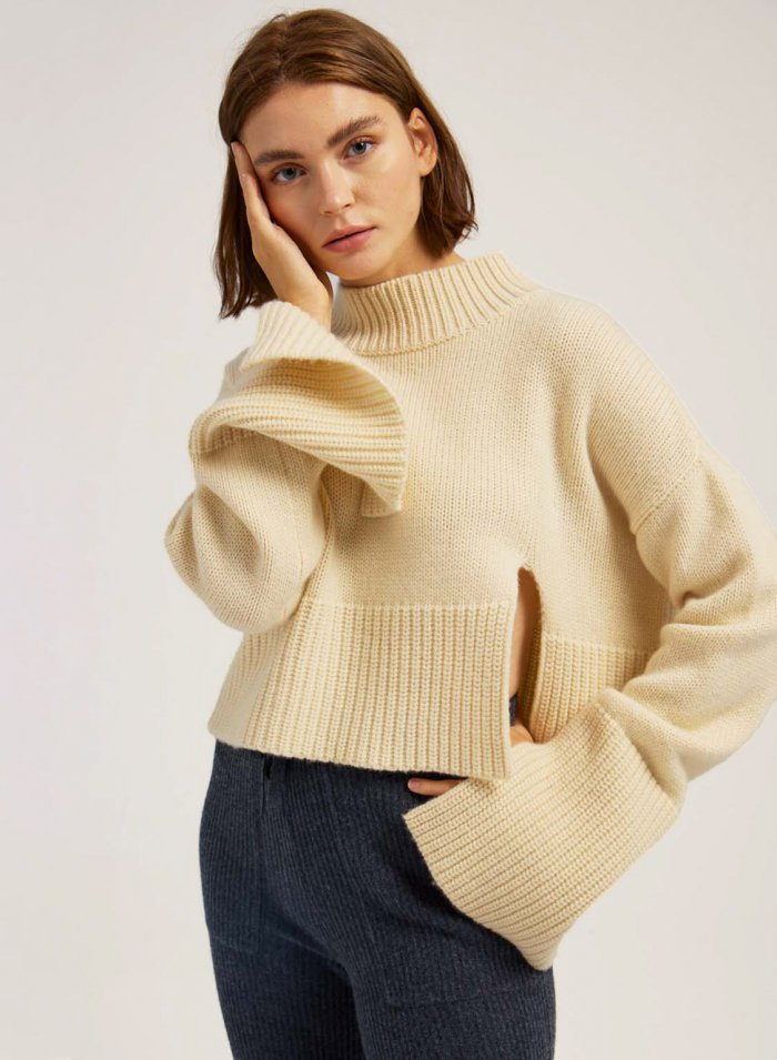 Cropped Pure Cashmere Sweater With Slit Sleeves