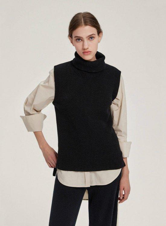 High Neck Knitted Vest