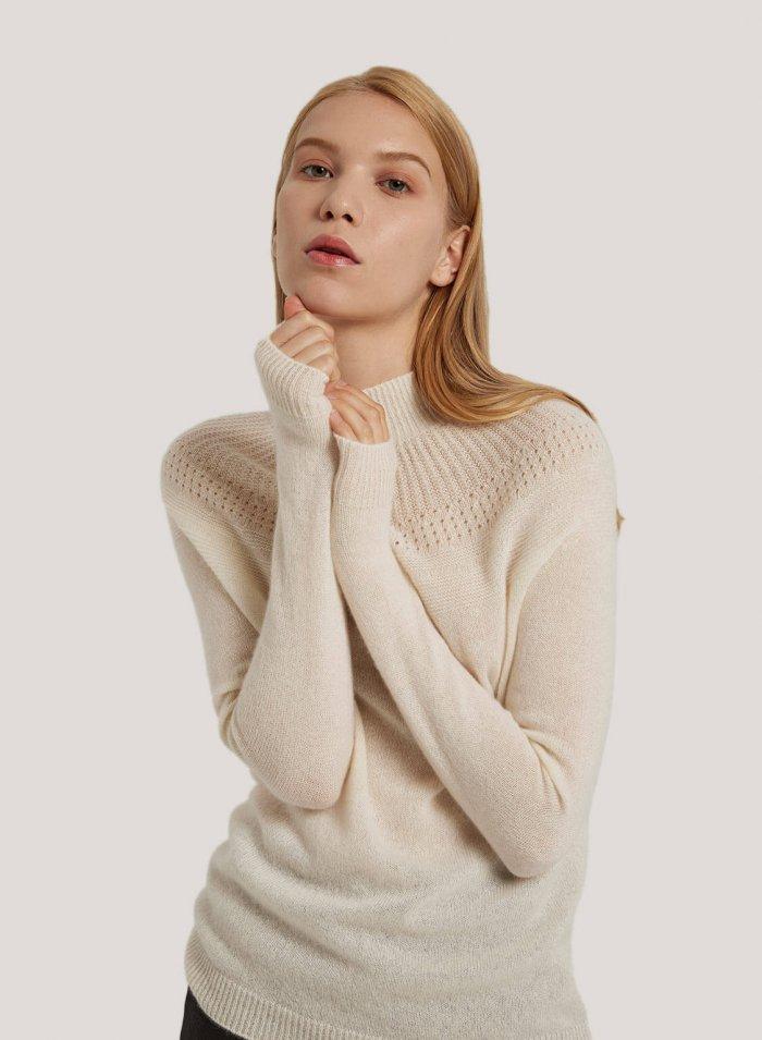 Seamless 100% Cashmere Knit Turtleneck Sweater